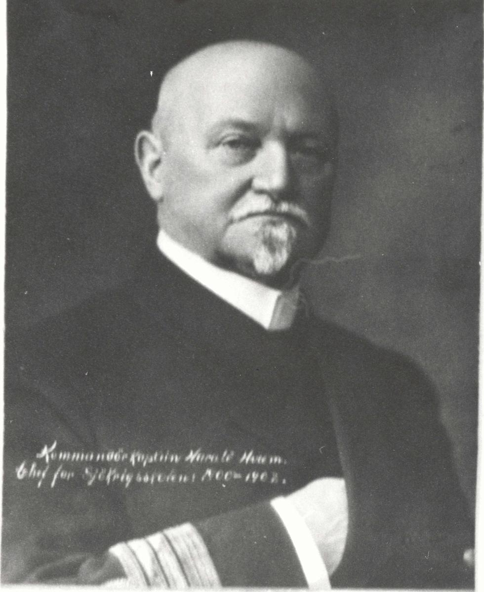 Motiv: Kommandørkaptein Hveem, Harald. Sjef for Sjøkrigsskolen 1900-1908.