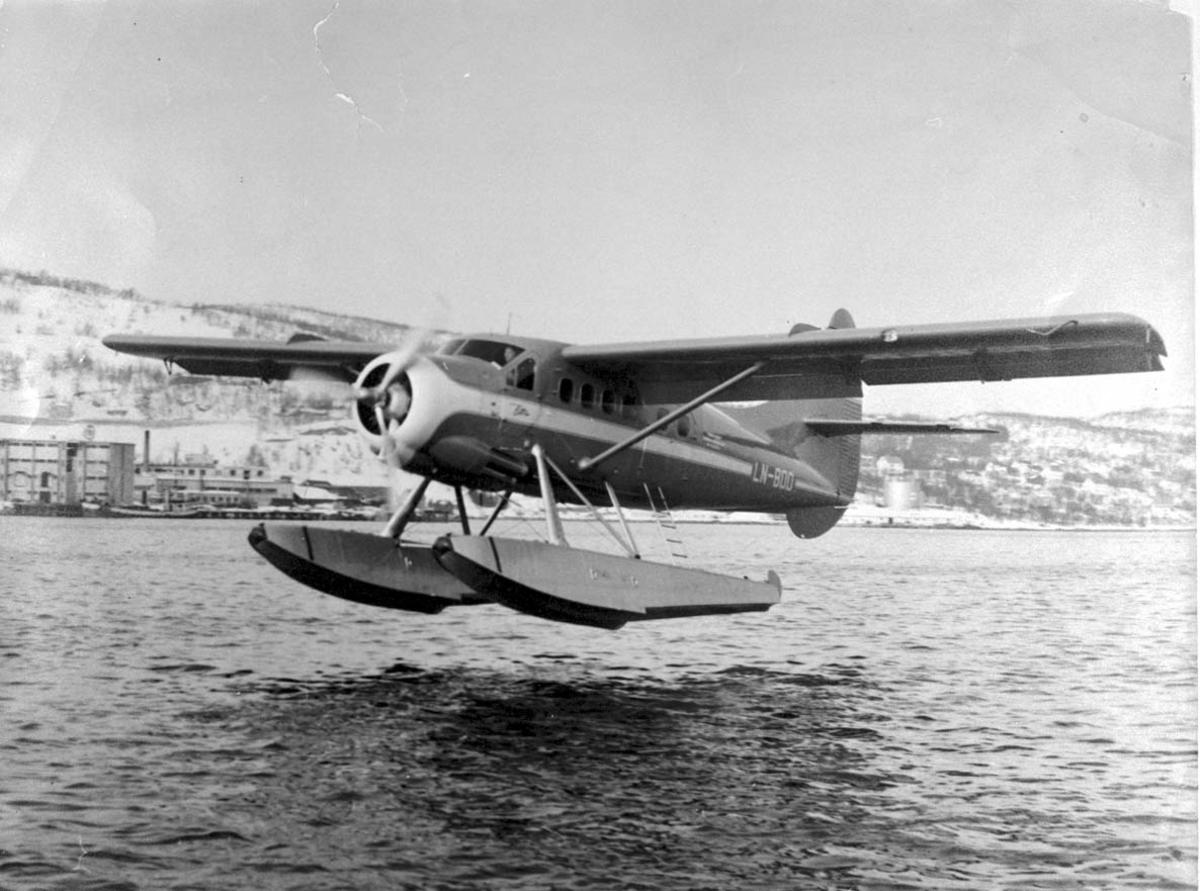 1 fly like over havet, DHC-3 Otter LN-BDD fra Widerøe.