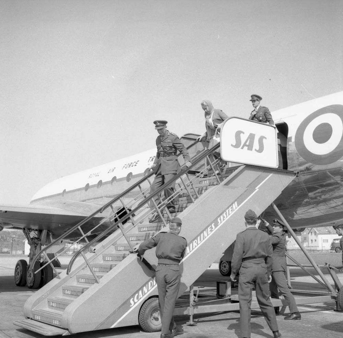 Engelsk General besøker Bodø flystasjon.