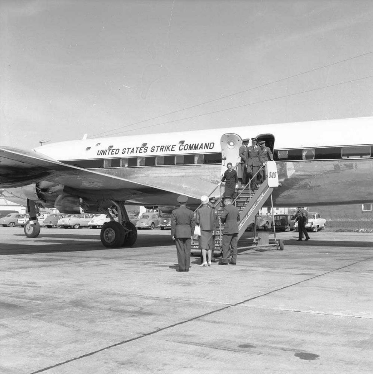 General Adams, USAF, besøker Bodø flystasjon.