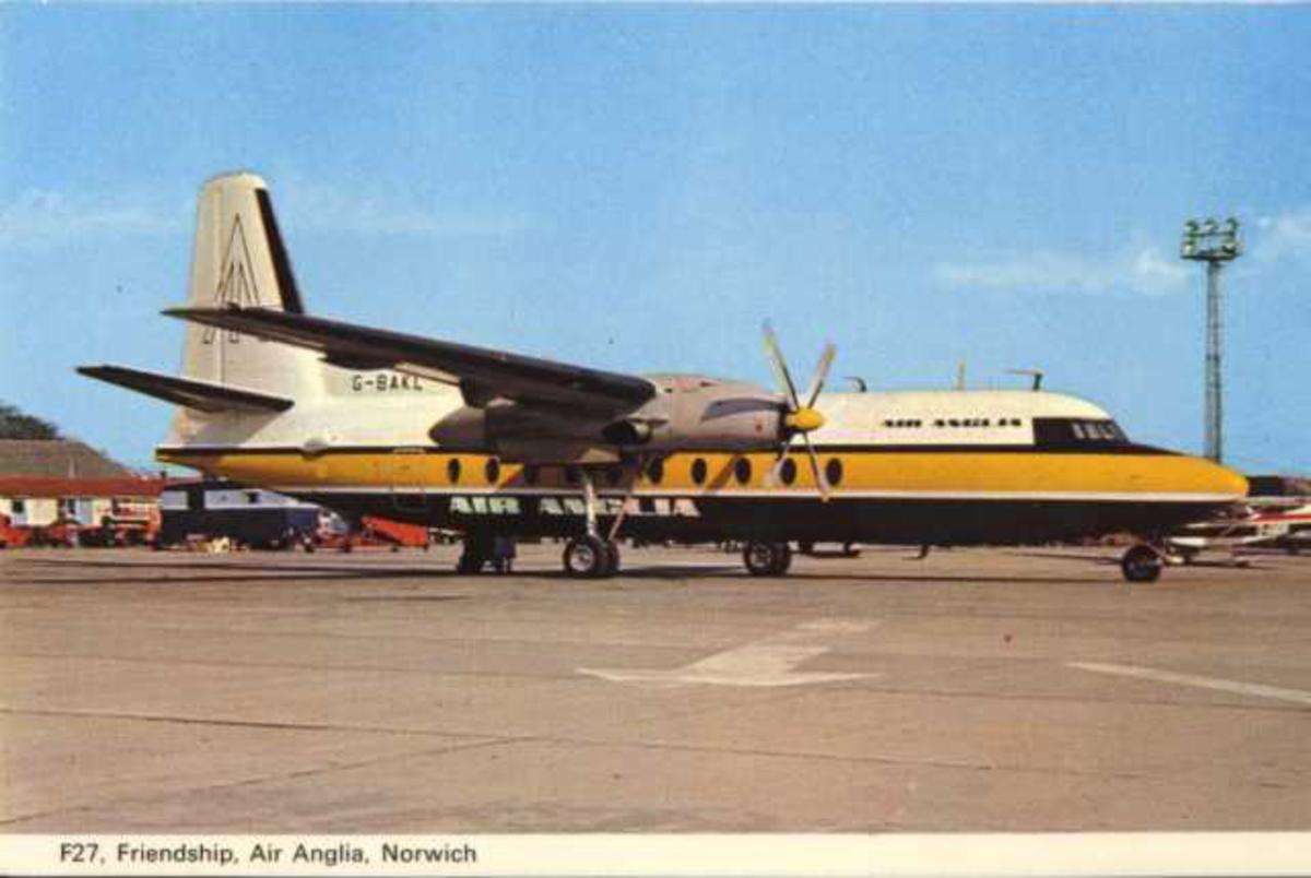 Et fly på bakken. Fokker F27 Friendship. G-BAKL