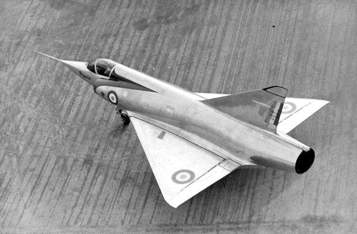 Ett fly på bakken, Mirage IIID.