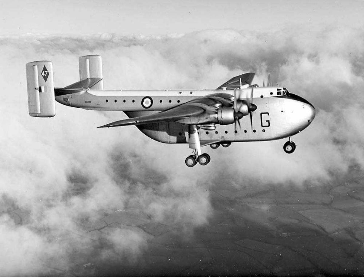 Luftfoto. Ett fly i luften, Blackburn Beverly C.Mk I.