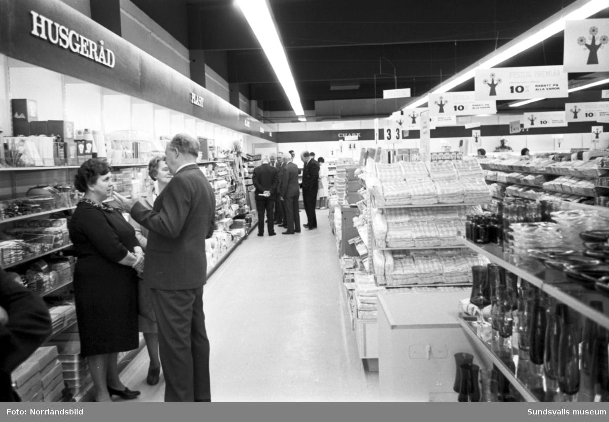 Invigning av nya Konsum i Kvissleby.