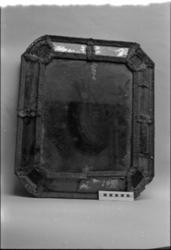 Föremål ur museets samlingar före konservering, praktik kons