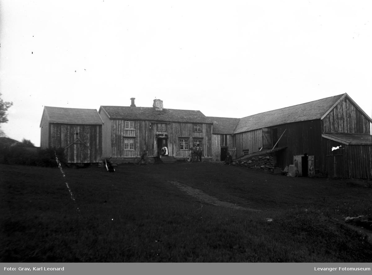 Bygninger, gamel gård.