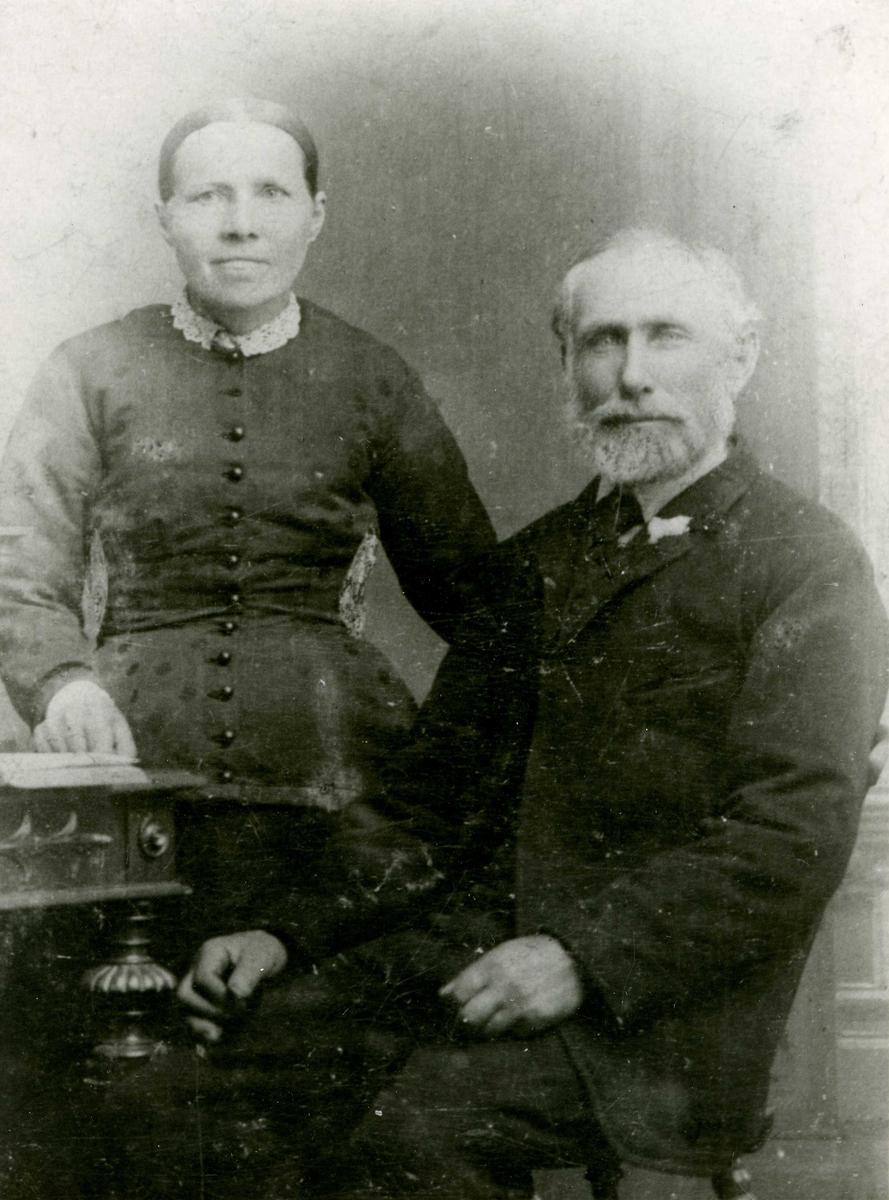 Portrett - Ole Andreas Jørgensen Melbo født i Skudeneshavn 26/2-1837. Gift 26/7-1865 med Grethe Kristine jakobsdatter født i Herreds sogn pr. Farsund 24/8-1839.