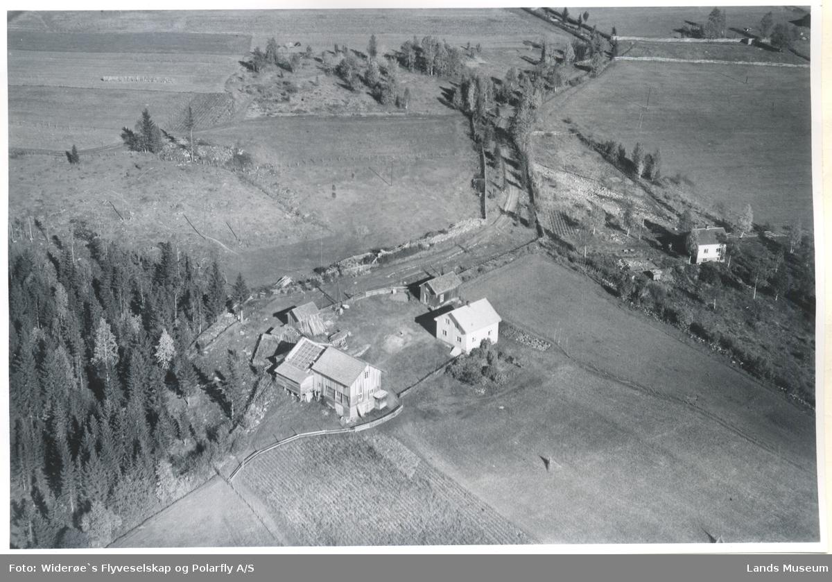 Martestuen, Landåsbygda, Fluberg