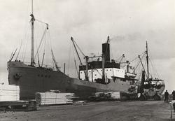 Ångfartyget ANNE inköptes efter andra världskriget. Foto 26.