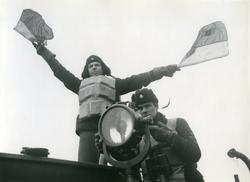 Signalering: semafor och morse ombord på jagaren Mjölner, ma