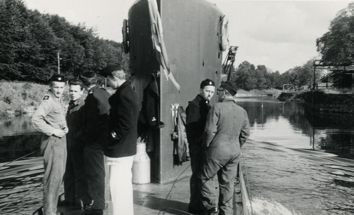Ubåten U3 på väg till Åmål i Vänern på Göta Älv 1963
