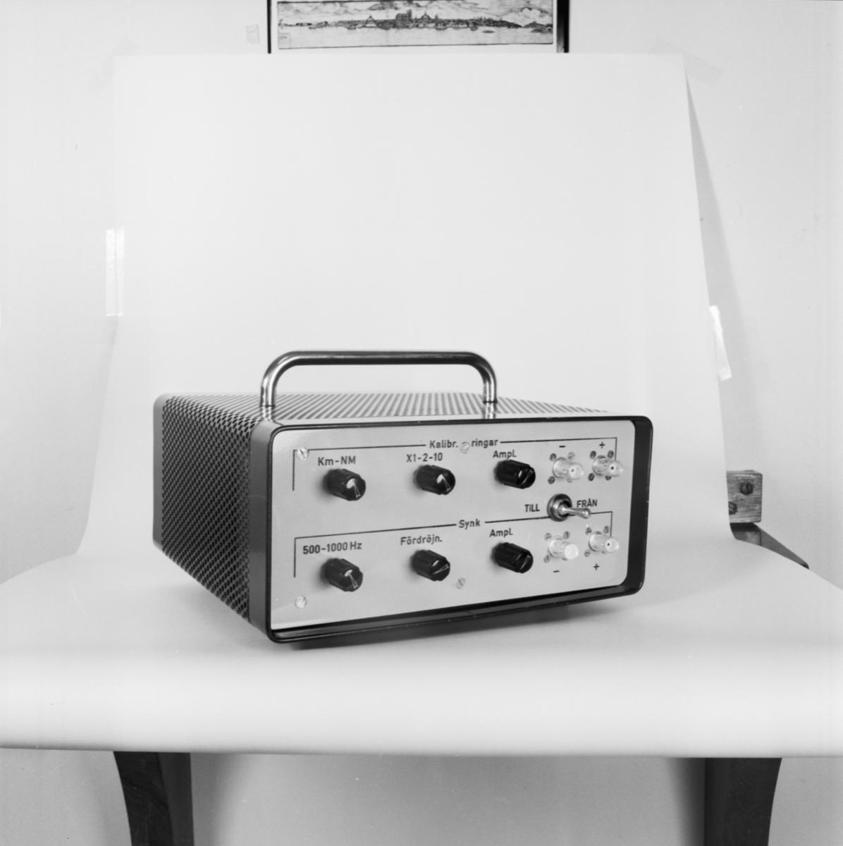 Övrigt: Foto datum: 4/11 1966 Byggnader och kranar Radioanläggning. Närmast identisk bild: V36780, ej skannad