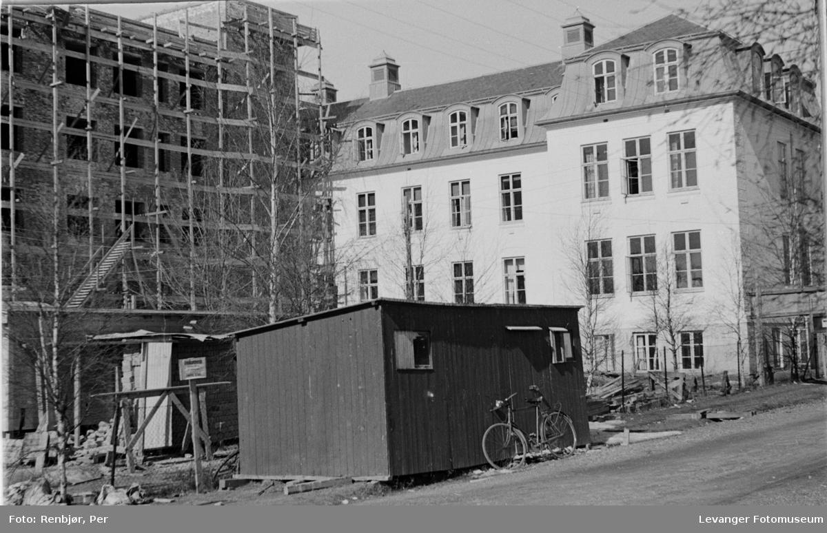 Anleggsvirksomhet ved sykehuset under krigen  I