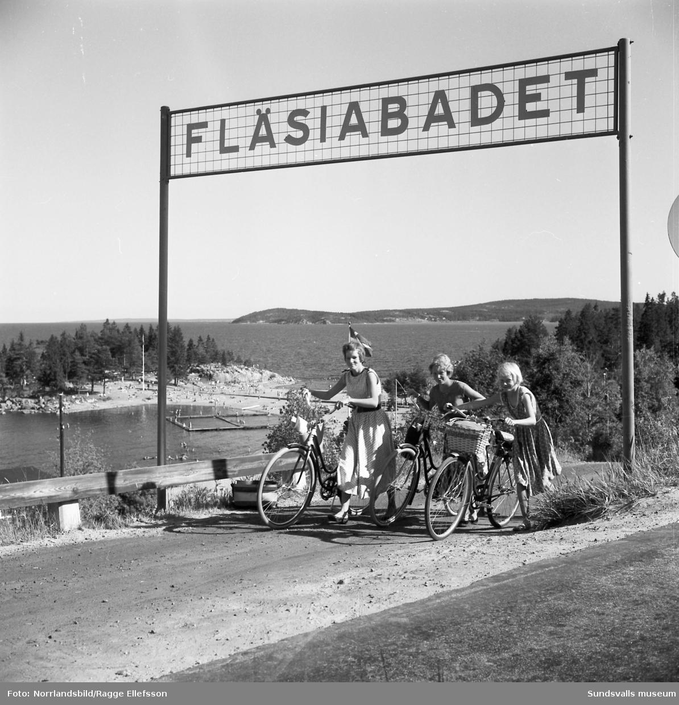 Turistbilder från badet vid Fläsian i Sundsvall.
