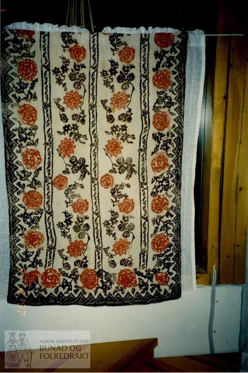 504e7ebe Forkle - Norsk Institutt for Bunad og Folkedrakt / DigitaltMuseum