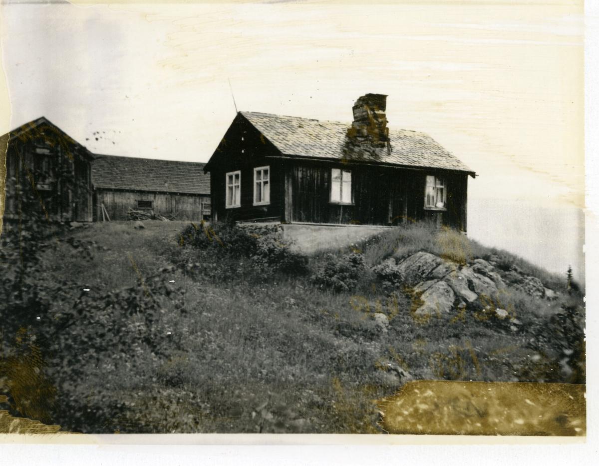 Stogo og uthus, Hermundsplass