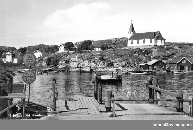 """Text på kortet:"""" Färjeläget vid Hamburgsund""""."""