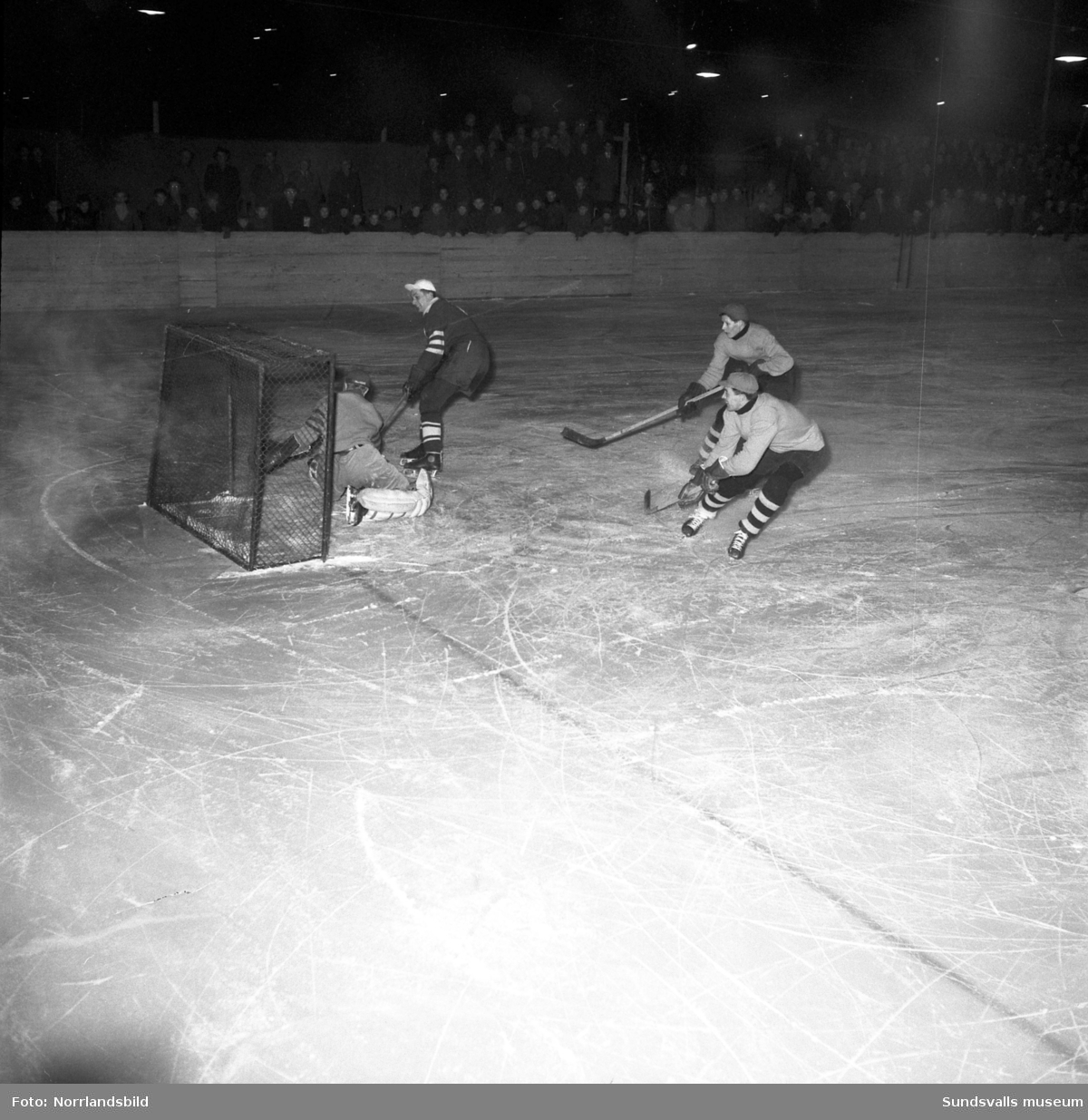 Ishockeymatch, Wifsta/Östrand-Hälsingland.