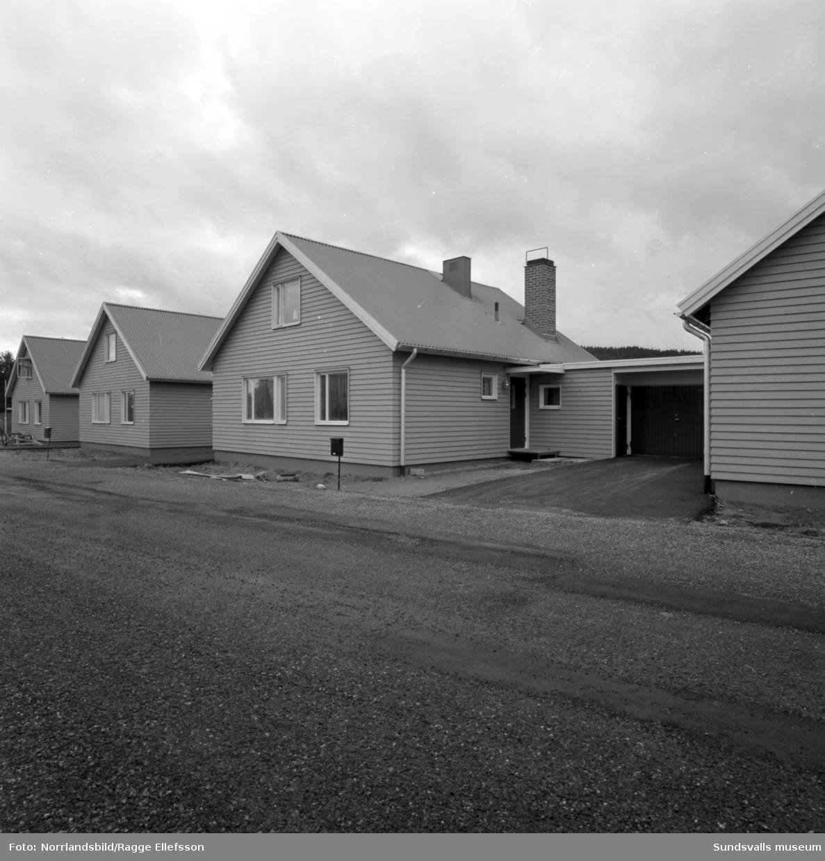 Kedjehus vid Kubikenborgsgatan.