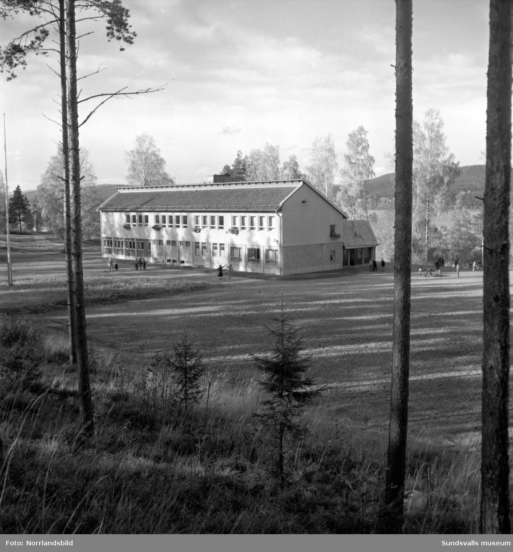 Erikslunds skola, exteriörbilder.