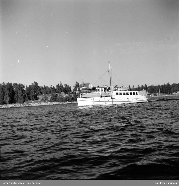 Vindhem och båten Aramis.
