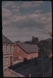 Utstikt fra vinduet i Renbjørgpården ned Brugata.