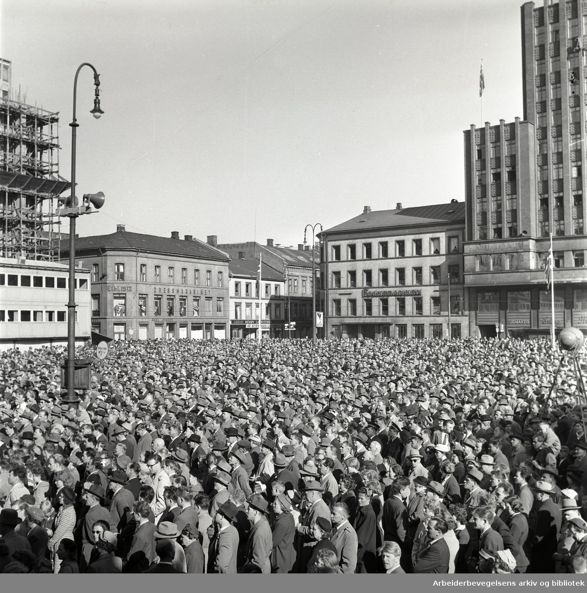 1. mai 1957, Youngstorget.