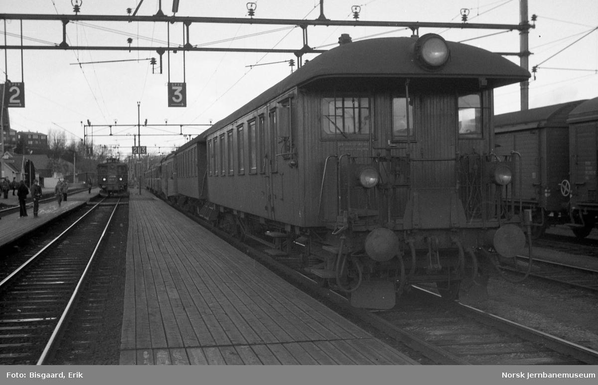 Motorvogntog type 65/67 på Oslo Ø