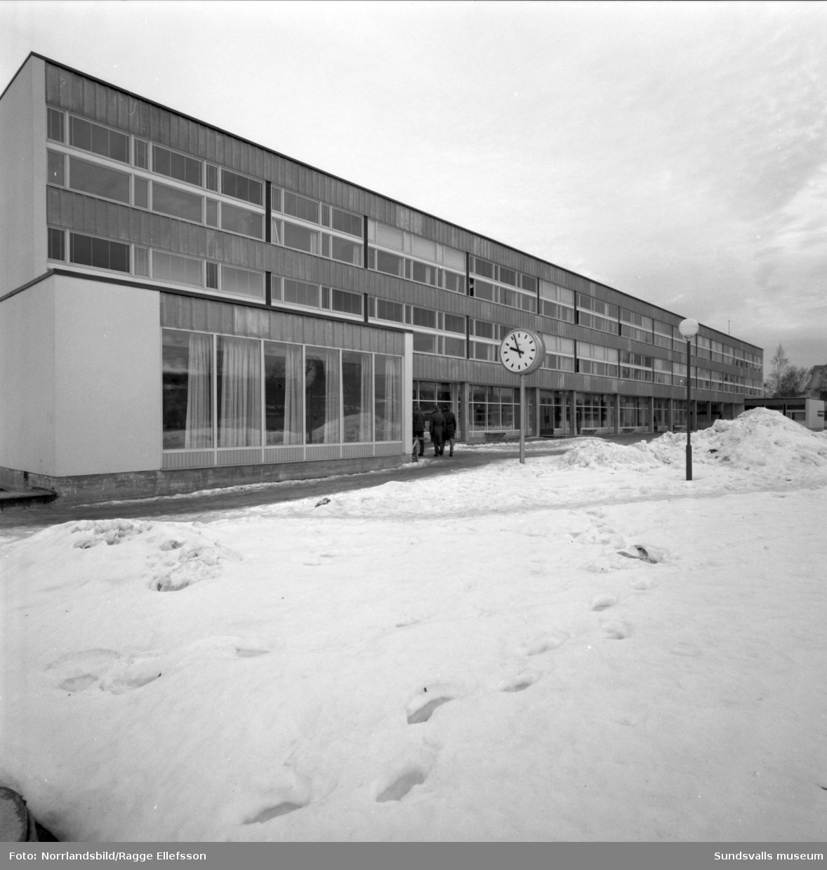 Åkersviks skola. exteriörbilder.