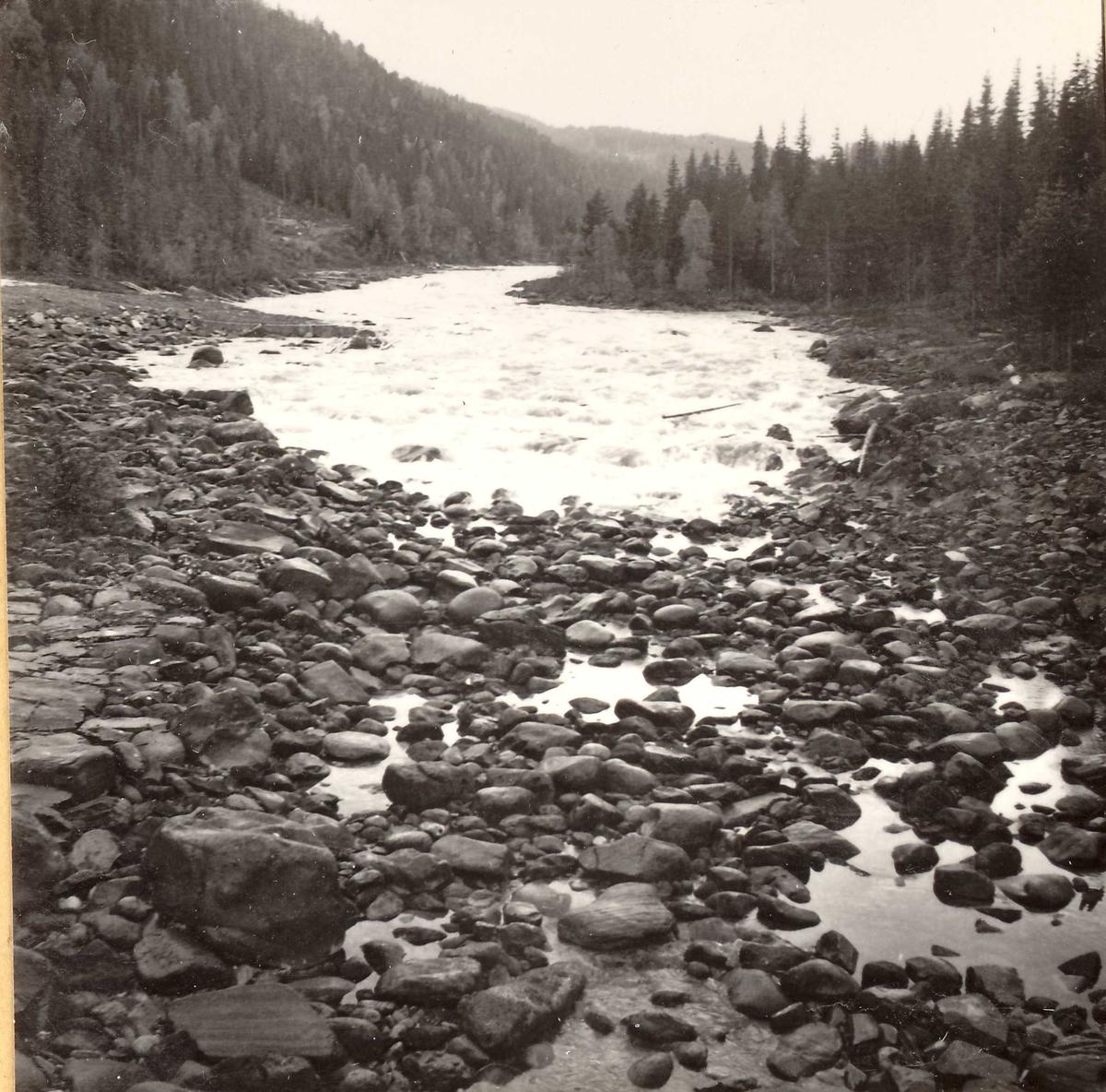310-6 Vannet kommer Vinjeåi