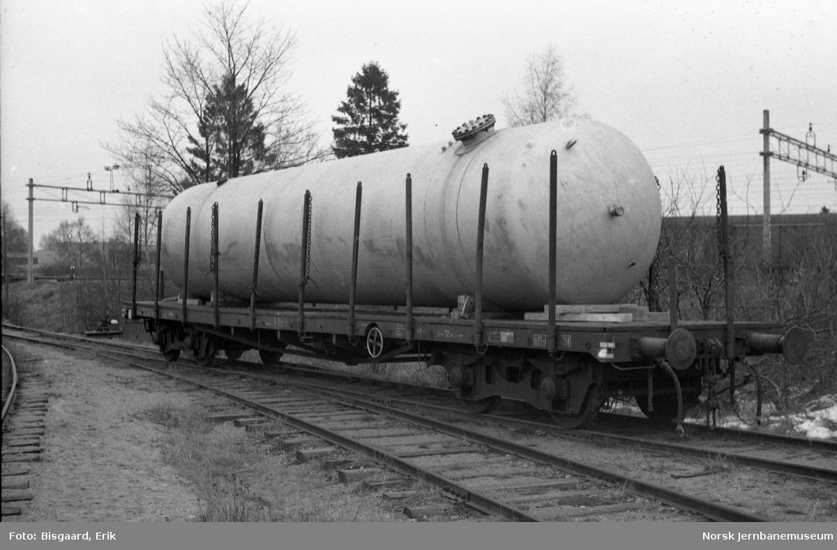 Plattformvogn litra Rkmp på Askim stasjon