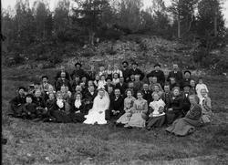 Bryllupet til Ragna Marie Olsd. Rønningsdalen (1883-1956) og