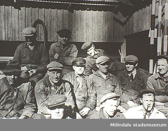 """Främsta raden fr.v.: Olof Andersson, """"Kalle på vinden"""", Nils Torsson och Åke Ljungström."""