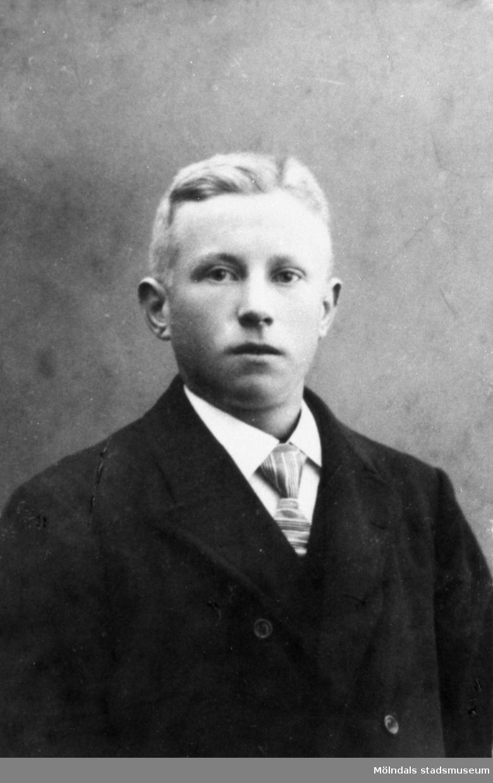 John Johansson (1886-1963), 1910-20-tal. Han arbetade på Gunnebo slott.