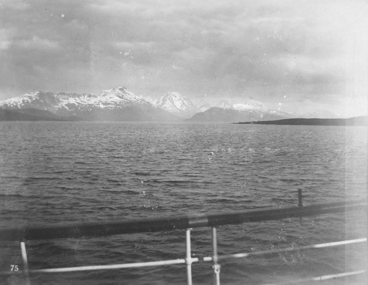 """""""Ved Tromsø."""""""