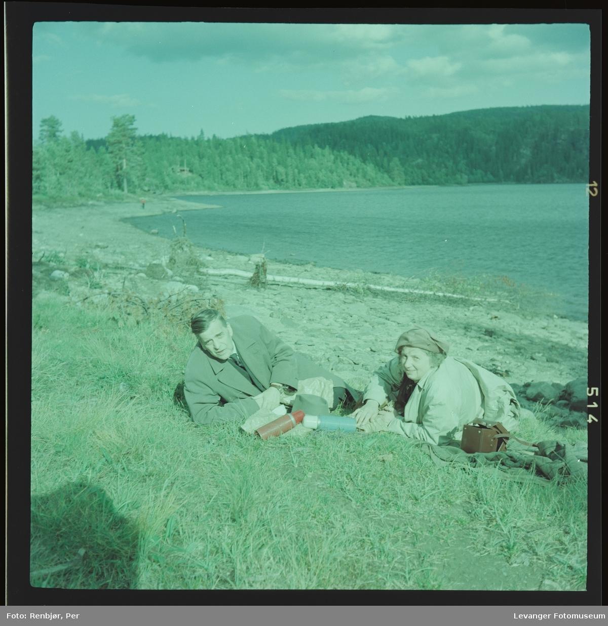 Harald og Magnhild Renbjør ved Grønningen.