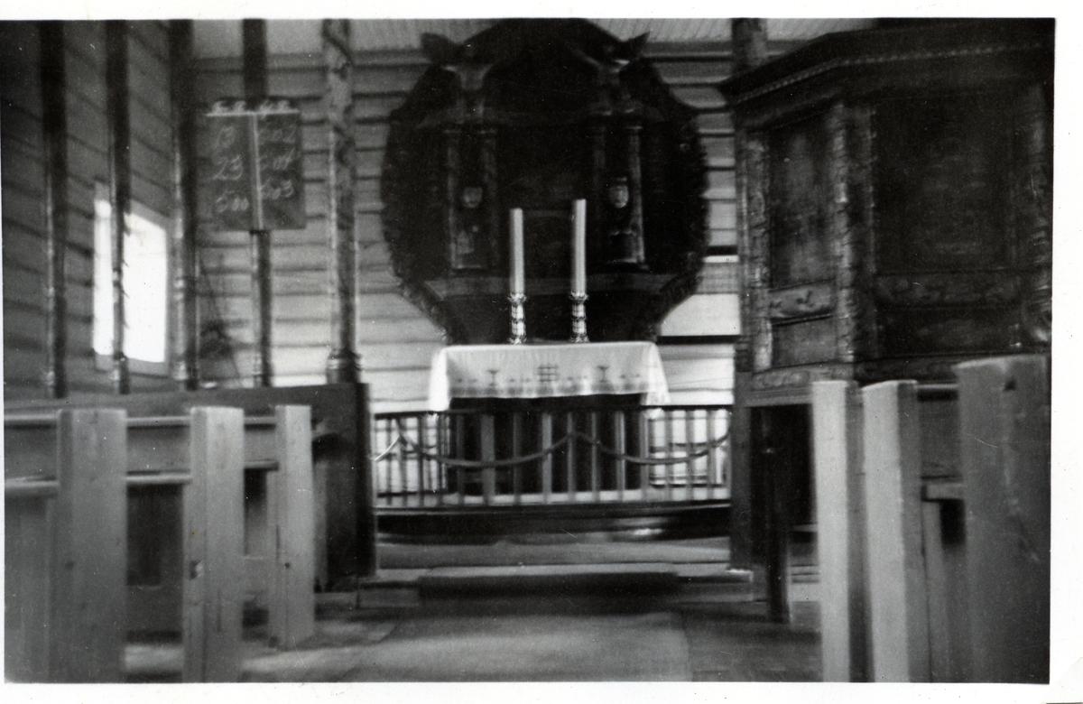 Interiør i Øye Kirke, Vang i Valdres.