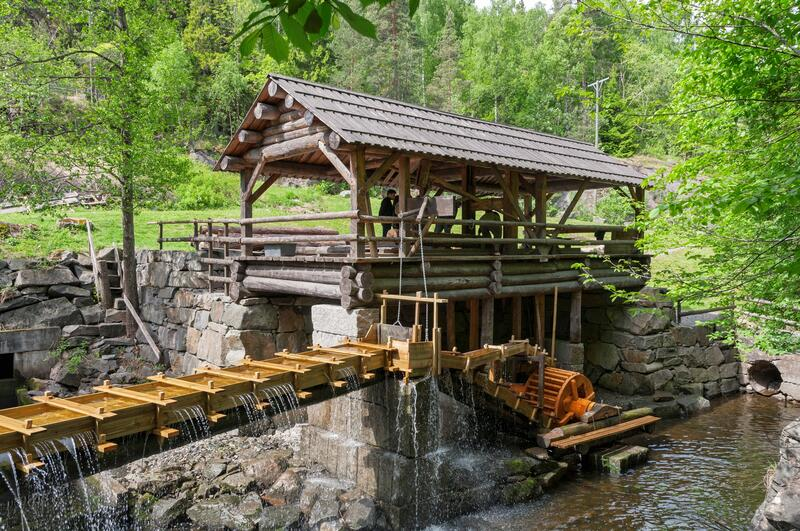 Foto av rekonstruert oppgangssag. (Foto/Photo)