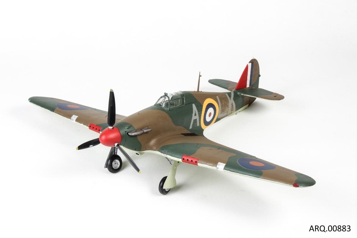 Modell av krigsfly fra 2. verdenskrig. Hawker Huricane.