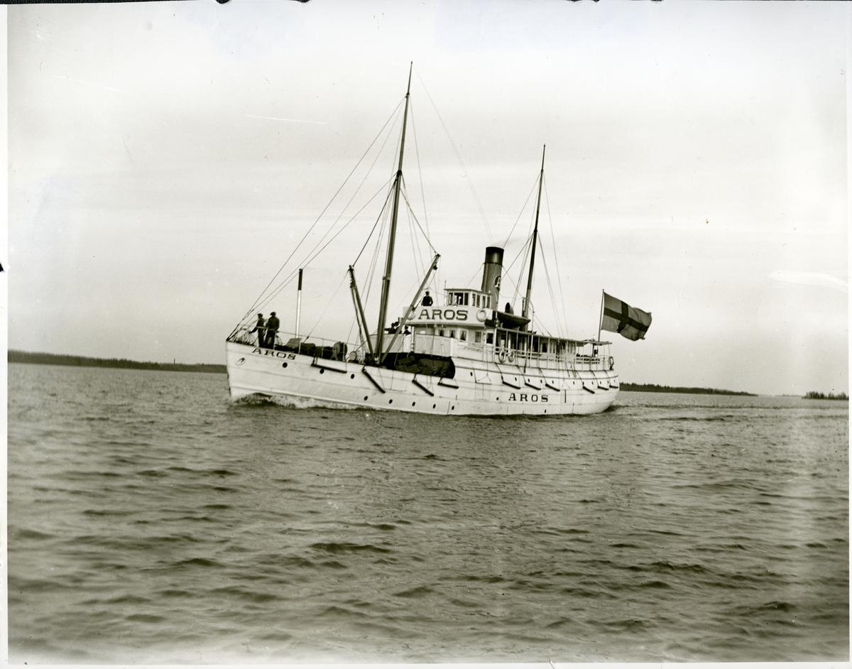 Västerås. Ångfartyget Aros på Mälaren, 1886.
