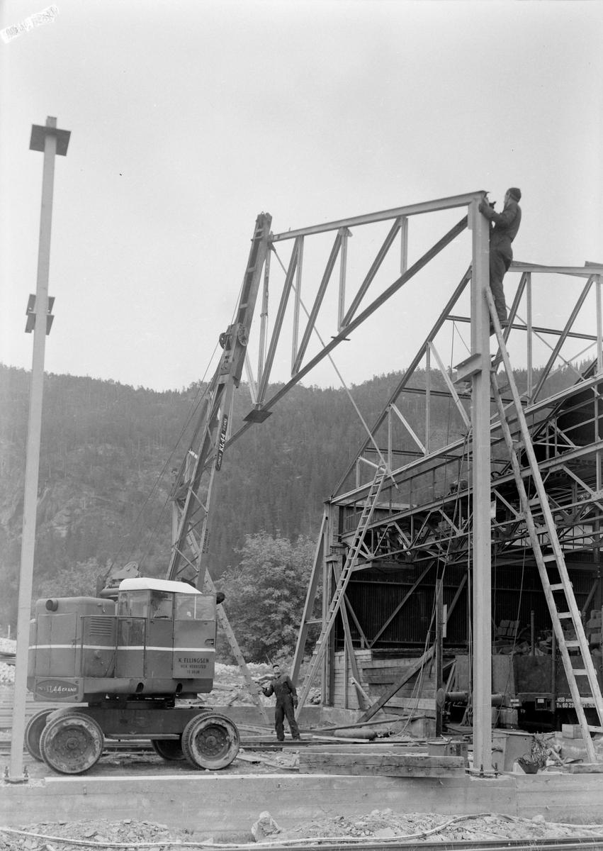 Lagerbygg og byggearbieder i Muruvik