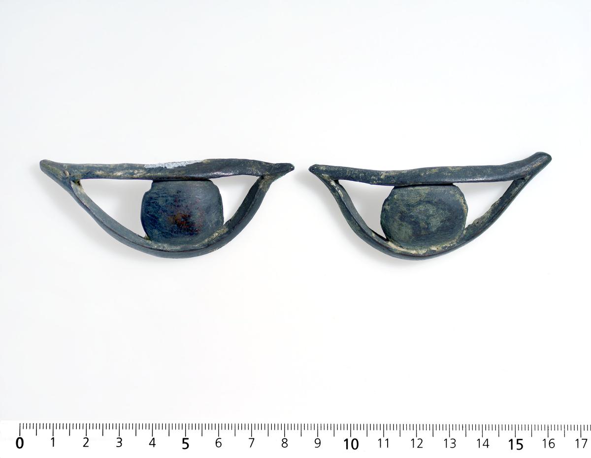 Øyne Bronse