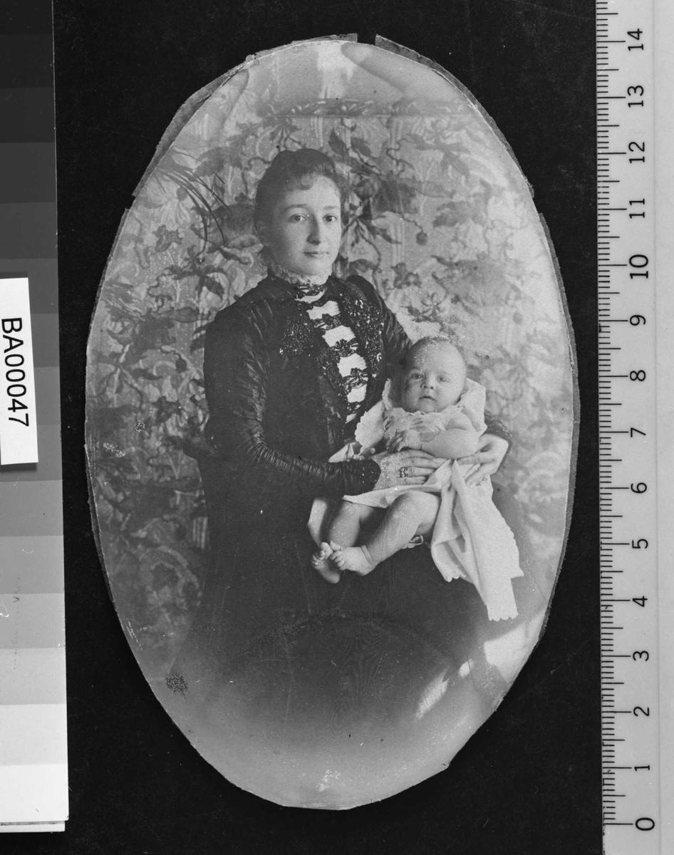 Elsbeth Bjørnson, sønnen Bjørn,