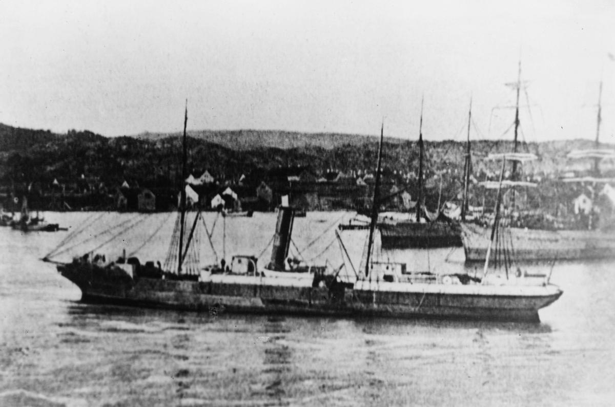 transport båt, eksteriør, D.S. Ganger Rolf, ved havn, Kristiania-Hull