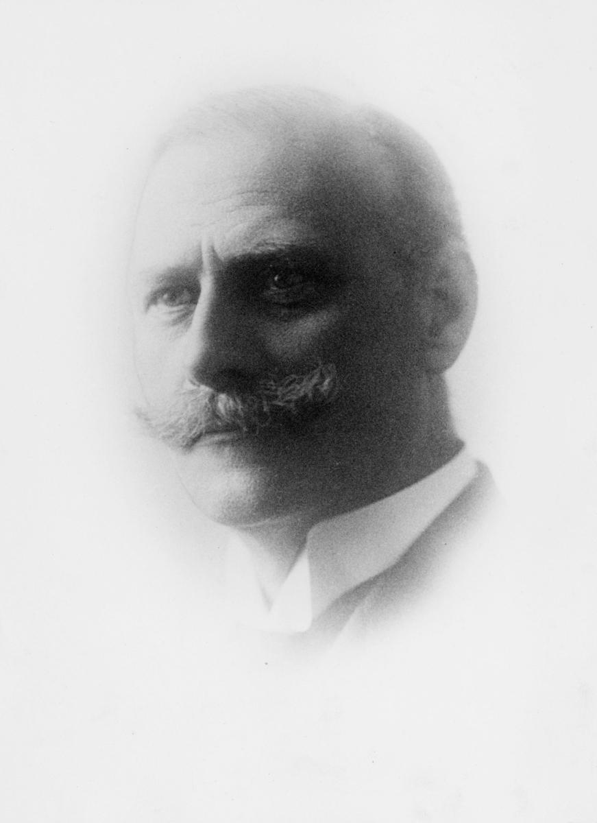 portrett, postmester, Johan Timann Heesch