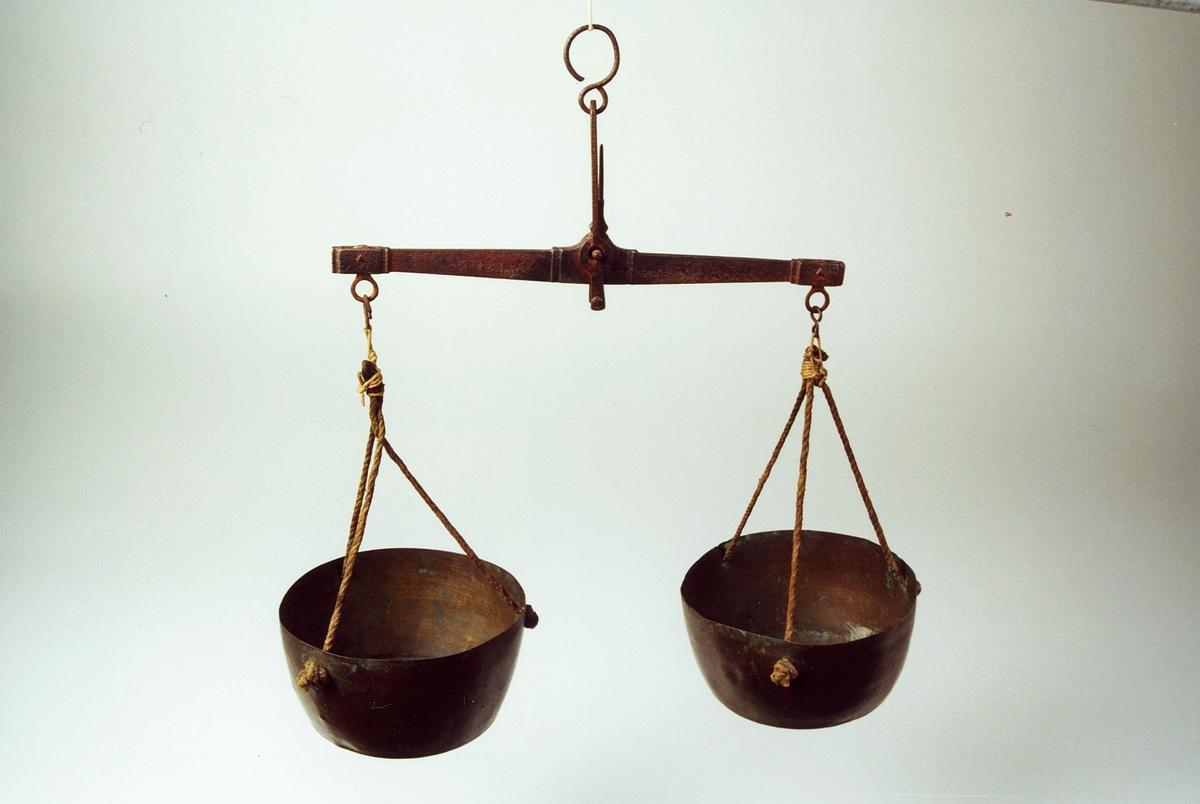 Kontrollvekt for brev inntil 20 gram. Balansevekt.