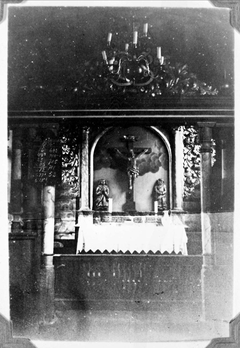 Kirke, alter