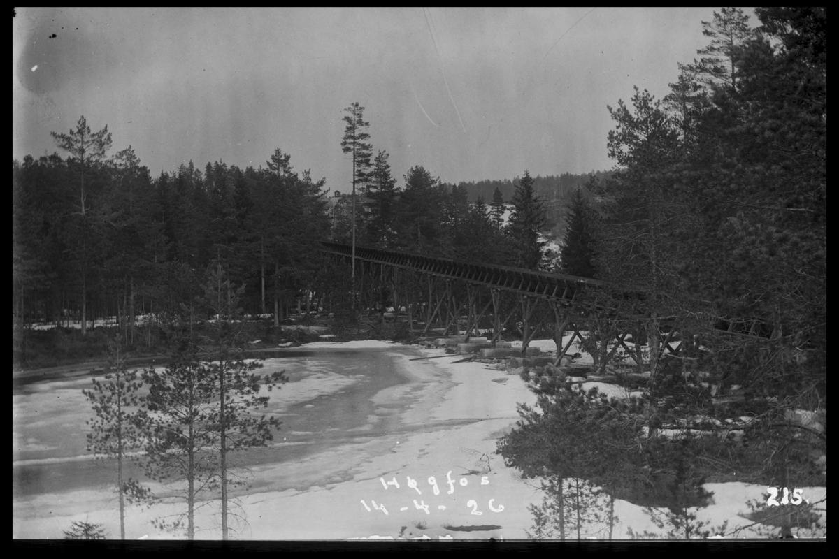 Arendal Fossekompani i begynnelsen av 1900-tallet CD merket 0470, Bilde: 63 Sted: Flaten Beskrivelse: Tømmerrenna