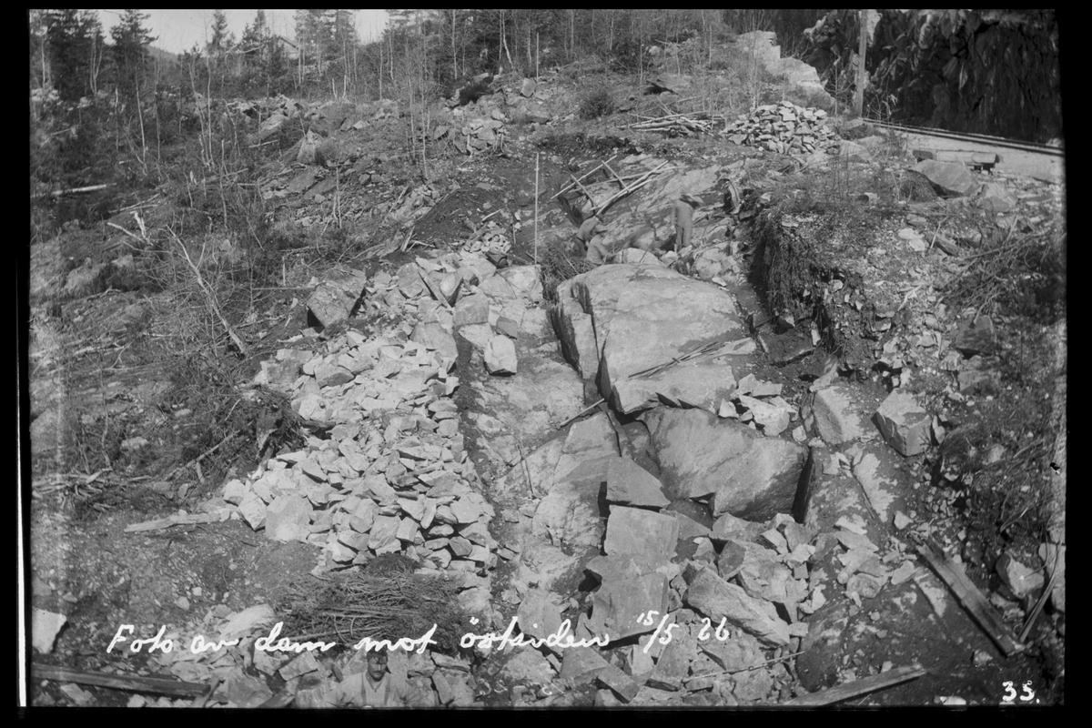 Arendal Fossekompani i begynnelsen av 1900-tallet CD merket 0470, Bilde: 84 Sted: Flaten Beskrivelse: Damfeste øst