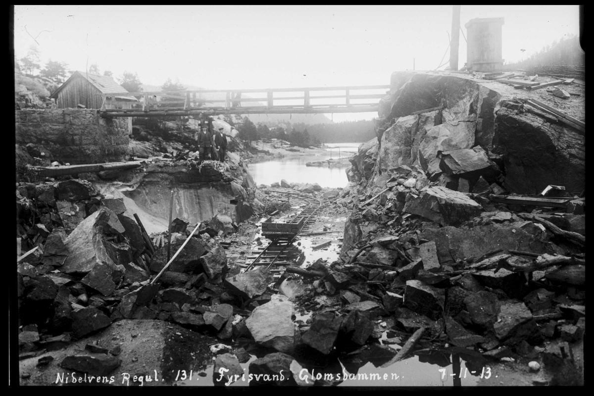 Arendal Fossekompani i begynnelsen av 1900-tallet CD merket 0565, Bilde: 60 Sted: Fyrisvann Beskrivelse: Regulering Glomsdammen